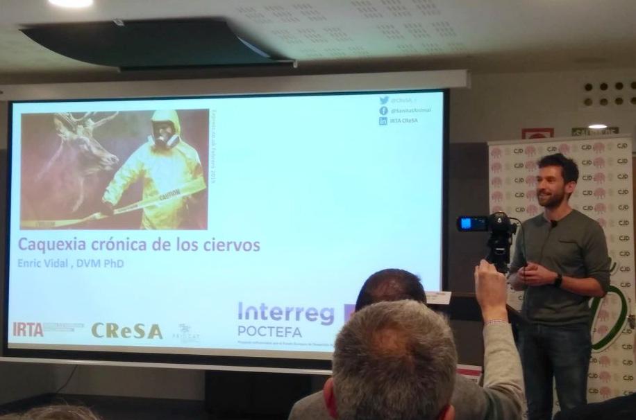 Enric Vidal durant la seva xerrada.